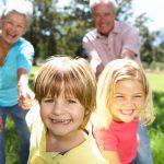 Pourquoi laisser partir son enfant avec ses grands-parents ?
