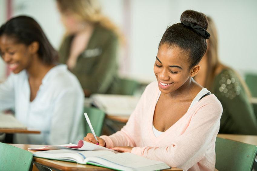Payer ses études à l'étranger, quelles bourses ?