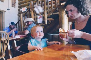 Etats-Unis avec bébé restaurant