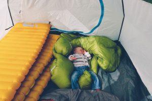 Etats-Unis avec bébé tente