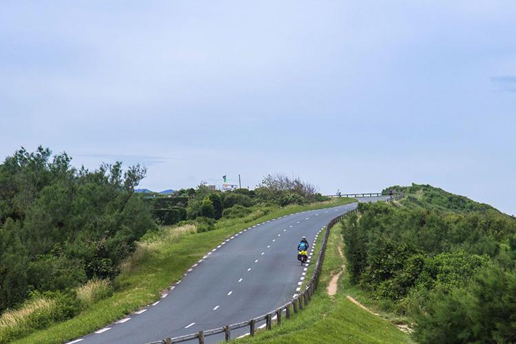 Rouler à vélo en sécurité sur les routes partagées
