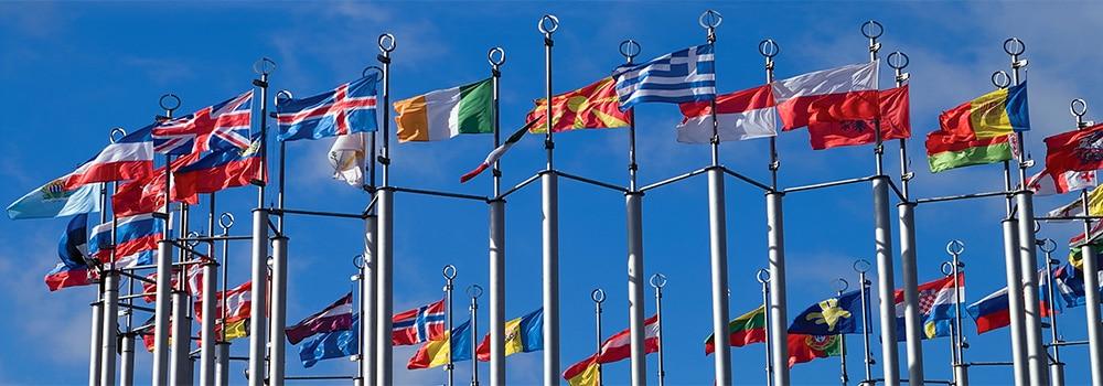 Drapeaux delegations diplomatiques